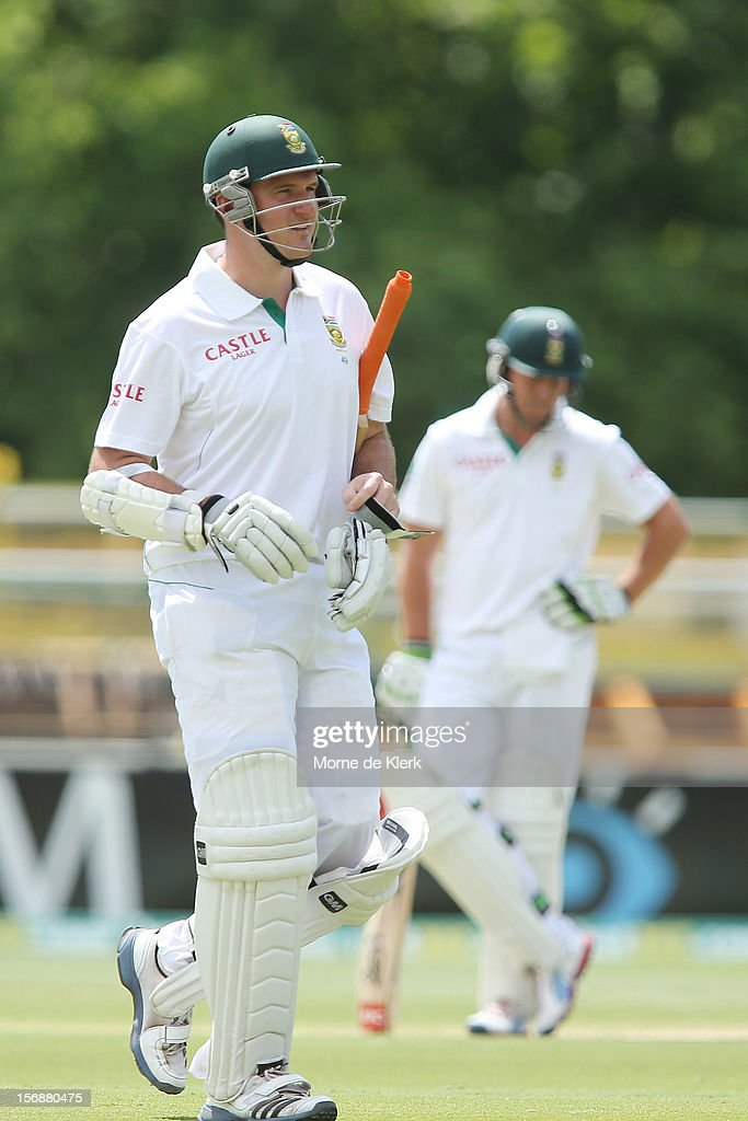 Graeme Smith of South Africa leaves the field after getting out during day three of the Second Test Match between Australia and South Africa at Adelaide Oval on November 24, 2012 in Adelaide, Australia.