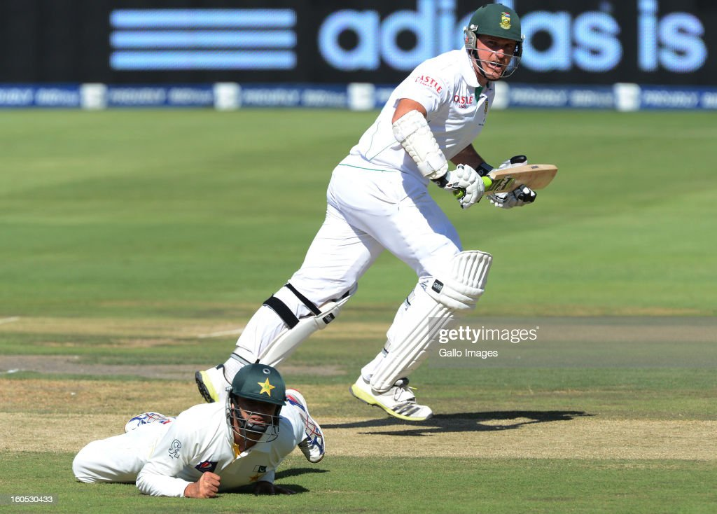 Graeme Smith of South Africa plays past short-leg during day 2 of the first Test match between South Africa and Pakistan at Bidvest Wanderers Stadium on February 02, 2013 in Johannesburg, South Africa.