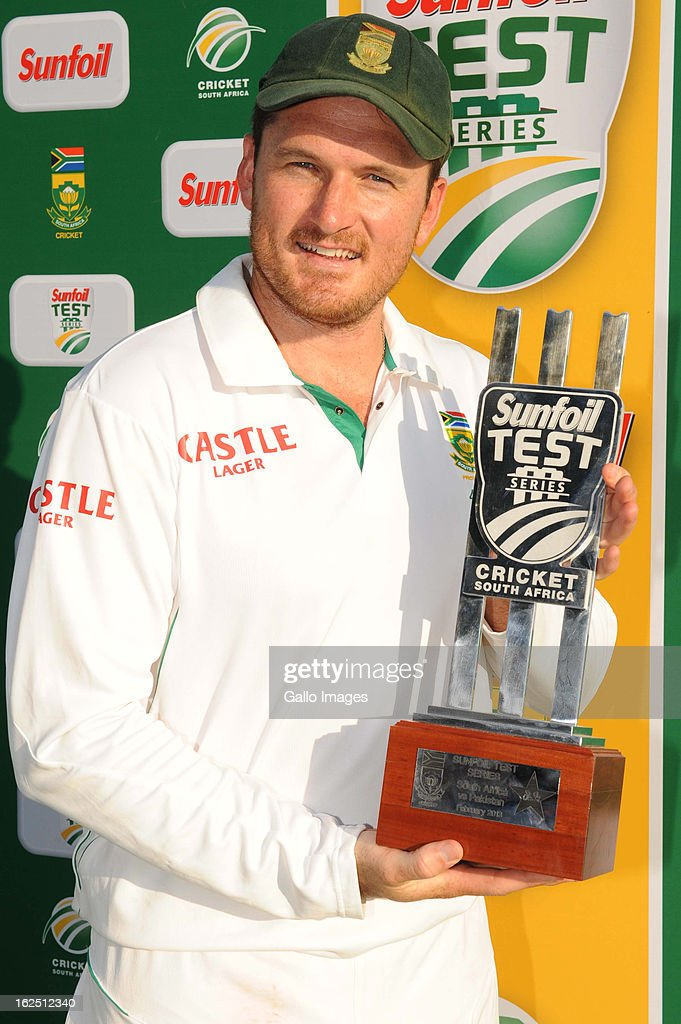 <a gi-track='captionPersonalityLinkClicked' href=/galleries/search?phrase=Graeme+Smith+-+Cricket+Player&family=editorial&specificpeople=193816 ng-click='$event.stopPropagation()'>Graeme Smith</a> of South Africa poses with the trophy after winning the series 3-0 on day 3 of the 3rd Test match between South Africa and Pakistan at SuperSport Park on February 24, 2013 in Pretoria, South Africa,
