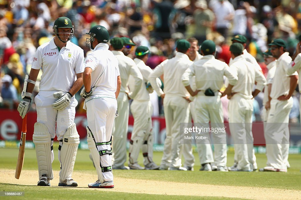 Graeme Smith of South Africa waits for the third umpire to review the umpire decision after being caught behind of Peter Siddle of Australia after being dismissed during day three of the Second Test Match between Australia and South Africa at Adelaide Oval on November 24, 2012 in Adelaide, Australia.