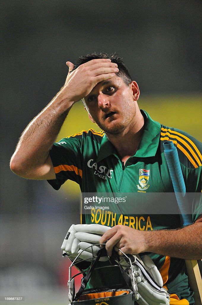 <a gi-track='captionPersonalityLinkClicked' href=/galleries/search?phrase=Graeme+Smith&family=editorial&specificpeople=193816 ng-click='$event.stopPropagation()'>Graeme Smith</a> of South Africa walks off for 66 runs during the 2nd One Day International match between South Africa and New Zealand at De Beers Diamond Oval on January 22, 2013 in Kimberley, South Africa.