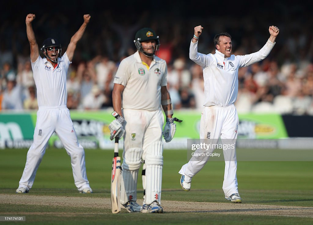 <a gi-track='captionPersonalityLinkClicked' href=/galleries/search?phrase=Graeme+Swann&family=editorial&specificpeople=578767 ng-click='$event.stopPropagation()'>Graeme Swann</a> (R) of England celebrates taking the final wicket of James Pattinson of Australia (not in picture) with <a gi-track='captionPersonalityLinkClicked' href=/galleries/search?phrase=Alastair+Cook+-+Jogador+de+cr%C3%ADquete&family=editorial&specificpeople=571475 ng-click='$event.stopPropagation()'>Alastair Cook</a>, giving England victory during day four of the 2nd Investec Ashes Test match between England and Australia at Lord's Cricket Ground on July 21, 2013 in London, England.