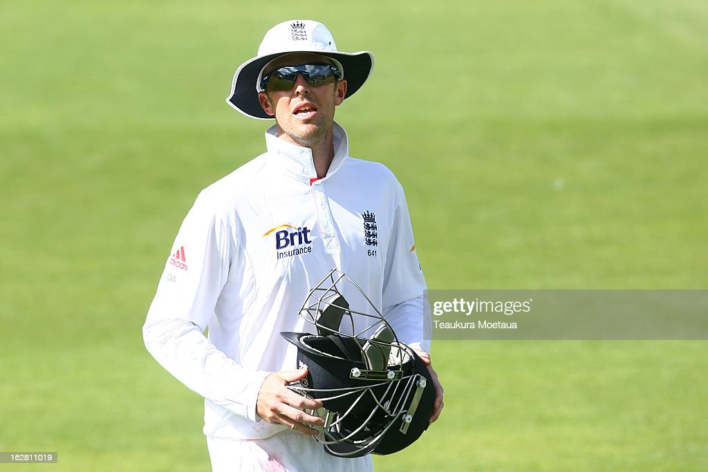 <a gi-track='captionPersonalityLinkClicked' href=/galleries/search?phrase=Graeme+Swann&family=editorial&specificpeople=578767 ng-click='$event.stopPropagation()'>Graeme Swann</a> of England looks on during day two of the International tour match between the New Zealand XI and England at Queenstown Events Centre on February 28, 2013 in Queenstown, New Zealand.