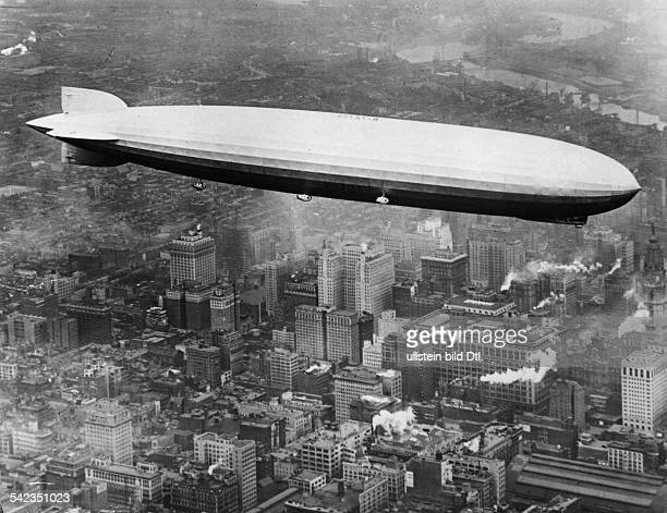 LZ127 'Graf Zeppelin' Erste Ozeanüberfahrt 1928 LZ 127 überNew York