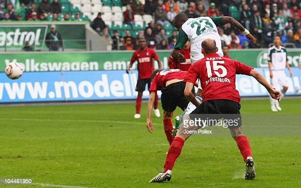 Grafite of Wolfsburg scores his team's first goal during the Bundesliga match between VFL Wolfsburg and SC Freiburg at Volkswagen Arena on September...