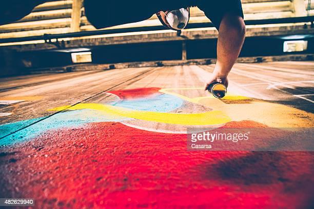 Grafitti Künstler bei der Arbeit