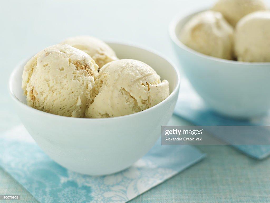 Graham Cracker Ice Cream : Stock Photo