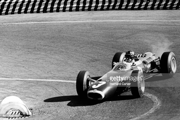 Graham Hill BRM P261 Grand Prix of Mexico Autodromo Hermanos Rodriguez Magdalena Mixhuca 25 October 1964 The engine of Graham Hill's BRM P261 is...