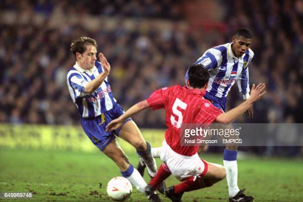 graham-hyde-sheffield-wednesday-is-tackl