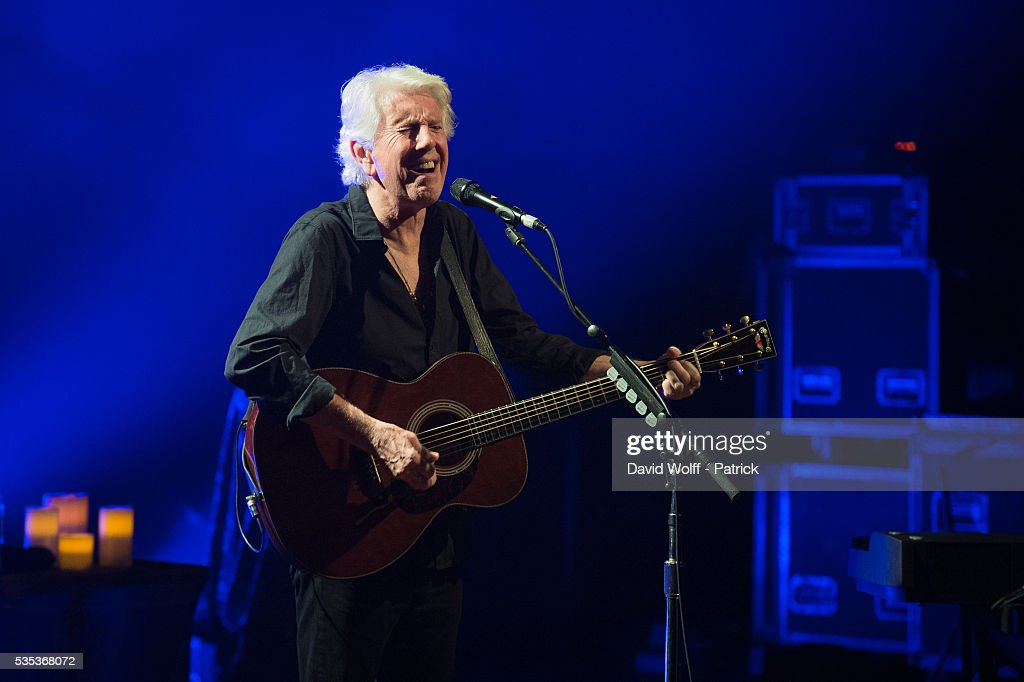 Graham Nash performs at La Cigale on May 29, 2016 in Paris, France.