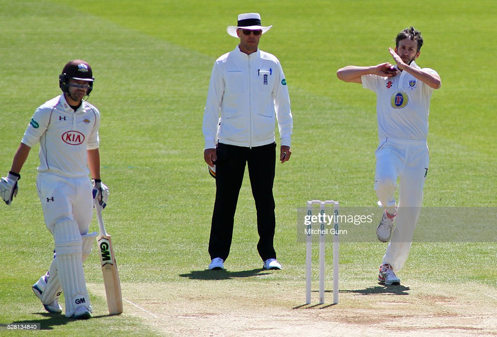 <a gi-track='captionPersonalityLinkClicked' href=/galleries/search?phrase=Graham+Onions&family=editorial&specificpeople=691130 ng-click='$event.stopPropagation()'>Graham Onions</a> of Durham bowling during the Specsavers County Championship Division One match between Surrey and Durham at the Kia Oval Cricket Ground, on May 04, 2016 in London, England.
