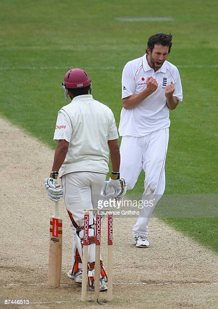 Graham Onions of England celebrates the wicket of Ramnaresh Sarwan of The West Indies during day four of The npower Test Match between England and...