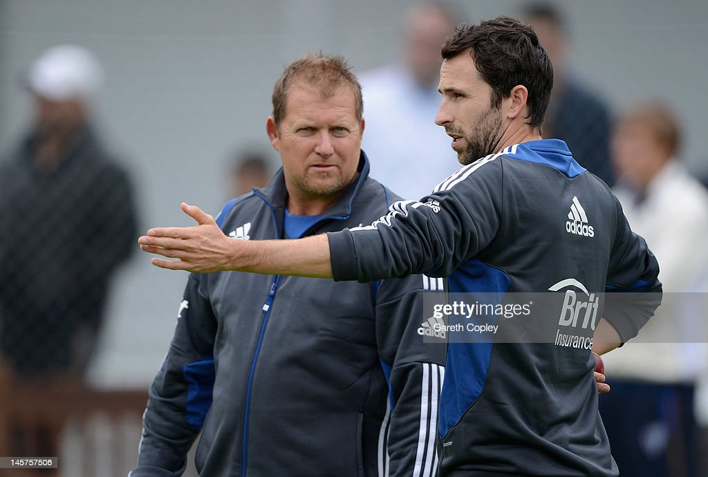 Graham Onions of England speaks with bowling coach David Saker during a nets session at Edgbaston on June 5, 2012 in Birmingham, England.