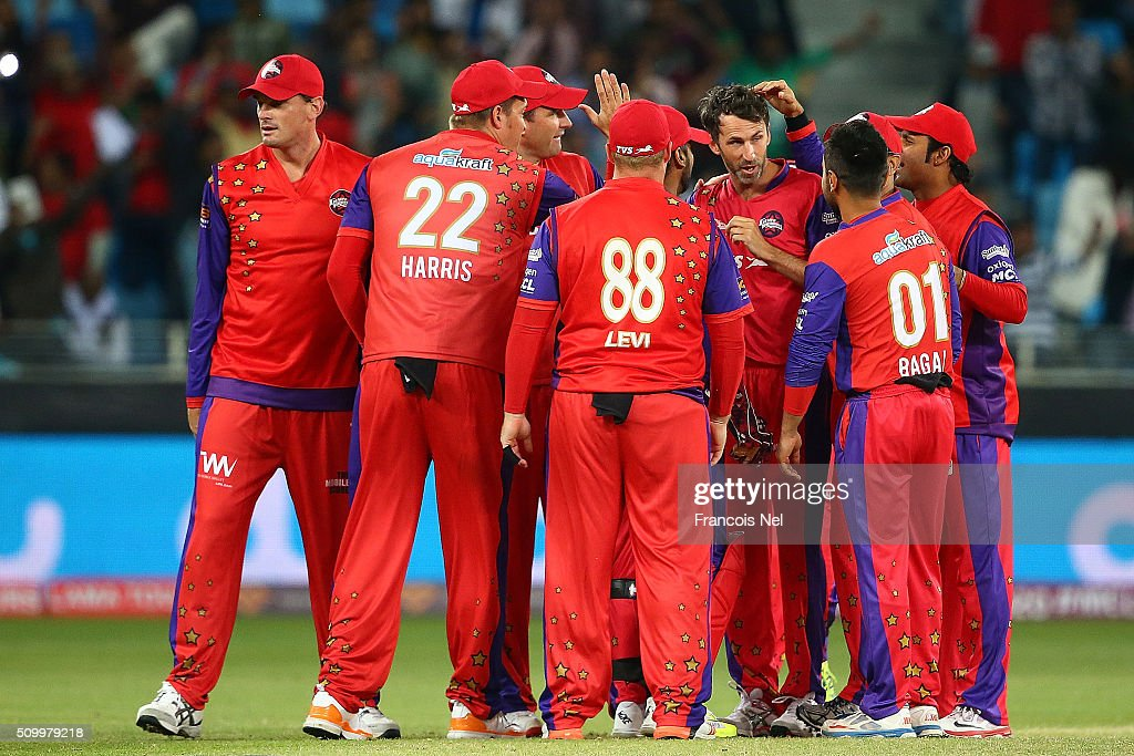 <a gi-track='captionPersonalityLinkClicked' href=/galleries/search?phrase=Graham+Onions&family=editorial&specificpeople=691130 ng-click='$event.stopPropagation()'>Graham Onions</a> of Gemini Arabians celebrates the wicket of Brendan Taylor of Leo Lions with his team-mates during the Final match of the Oxigen Masters Champions League between Gemini Arabians and Leo Lions at the Dubai International Cricket Stadium on February 13, 2016 in Dubai, United Arab Emirates.