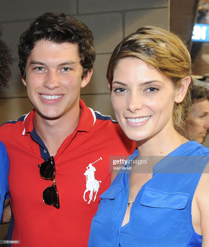 Graham Phillips(L) and <a gi-track='captionPersonalityLinkClicked' href=/galleries/search?phrase=Ashley+Greene&family=editorial&specificpeople=781552 ng-click='$event.stopPropagation()'>Ashley Greene</a> attend the Moet & Chandon Suite at USTA Billie Jean King National Tennis Center on August 31, 2013 in New York City.
