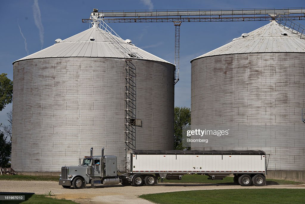 A grain truck prepares to make a delivery of corn at the Atherton Grain Co. Inc. elevator in Normandy, Illinois, U.S., on Wednesday, Sept. 12, 2012. The U.S. Department of Agriculture estimates for world agricultural supply and demand is bearish for corn, wheat and cotton and bullish for soybeans, according to Goldman Sachs Group Inc. Photographer: Daniel Acker/Bloomberg via Getty Images