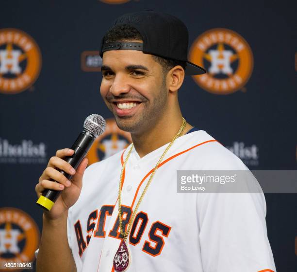 Grammy Awardwinning artist Drake kicks off his threeday Houston Appreciation Weekend event with a special Houston Appreciation Night at Minute Maid...