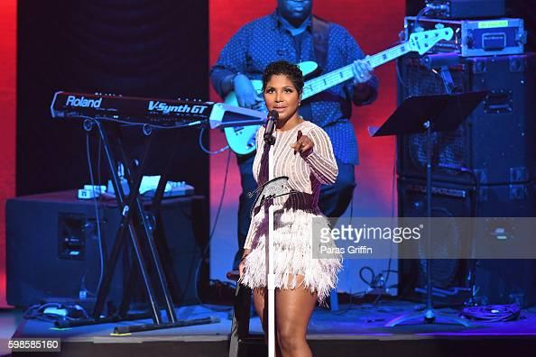 Grammy Awardwinning singer/songwriter Toni Braxton performs the 2016 BMI RB/HipHop Awards at Woodruff Arts Center on September 1 2016 in Atlanta...