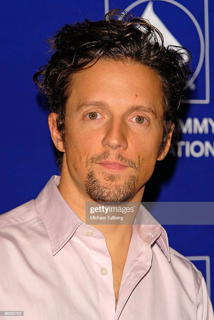 GRAMMY-nominated singer <a gi-track='captionPersonalityLinkClicked' href=/galleries/search?phrase=Jason+Mraz&family=editorial&specificpeople=206684 ng-click='$event.stopPropagation()'>Jason Mraz</a> arrives at the GRAMMY Foundation's 12th Annual Music Preservation Project 'Cue The Music: A Celebration Of Music And Television', held at the Wilshire Ebell Theatre on January 28, 2010 in Los Angeles, California.