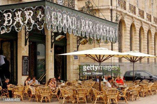 Grand Bar Castan, Quai de la Douane.