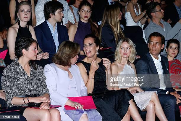 Grand Duchess Maria Teresa de Luxembourg with her daughter Princess Alexandra de Luxembourg Roberta Armani Naomi Watts Clive Owen and Marisa Tomei...