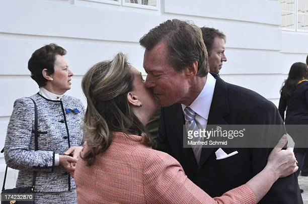 Grand Duchess Maria Teresa kisses Grand Duke Henri of Luxembourg and leave the National galery in Vienna on April 16 2013 in Vienna Austria