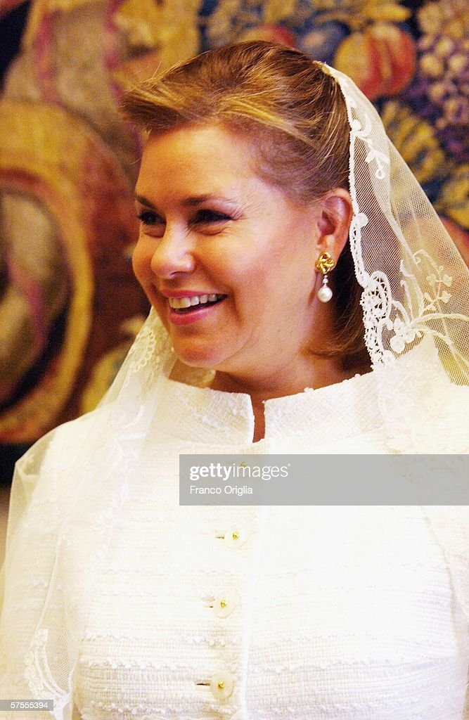 Grand Duchess Maria-Teresa of Luxemburg attends a meeting with Pope Benedict XVI, May 8, 2006, in Vatican City.