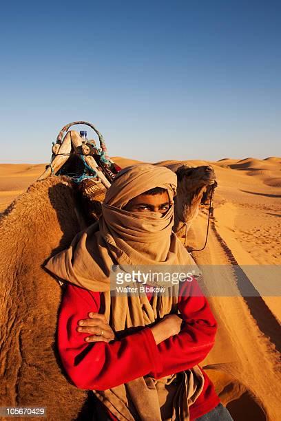 Grand Erg Oriental Desert, Berber camel driver