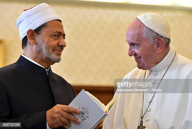 Grand Imam of AlAzhar Sheik Ahmed Muhammad AlTayyib meets with Pope Francis at the Apostolic Palace on May 23 2016 in Vatican City Vatican The first...