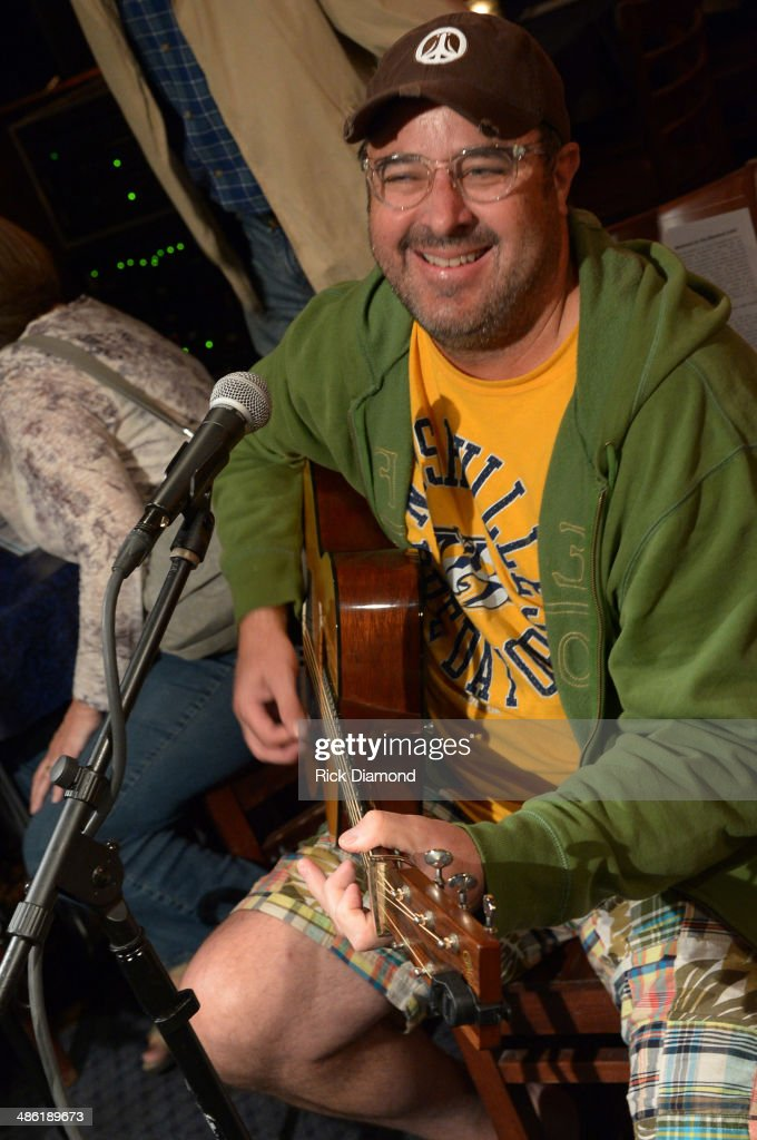 Grand Ole Opry member Vince Gill performs in the round during the SoundExchange Influencers Series launch at Bluebird Cafe on April 22 2014 in...