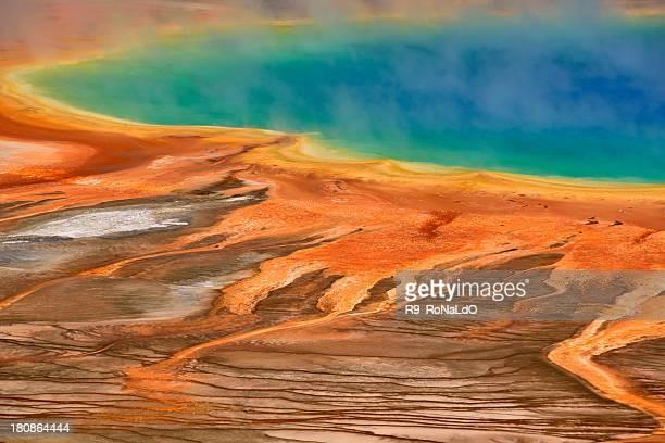 Grand prismatique printemps dans le parc National de Yellowstone