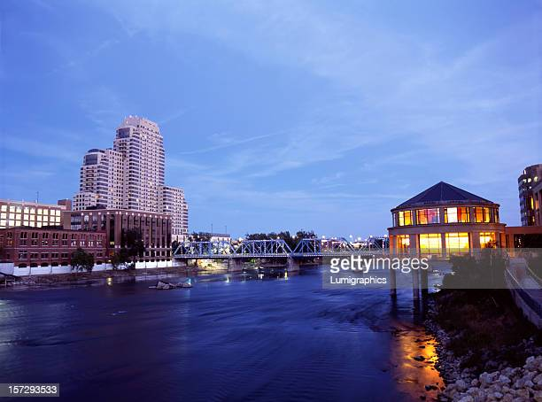 Grand River Night V
