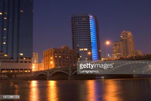 Grand Rio à noite XIX