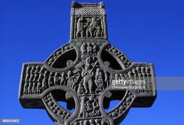 Grande croix celtique de l'abbaye de Monasterboice dans le comte de Louth en Irlande