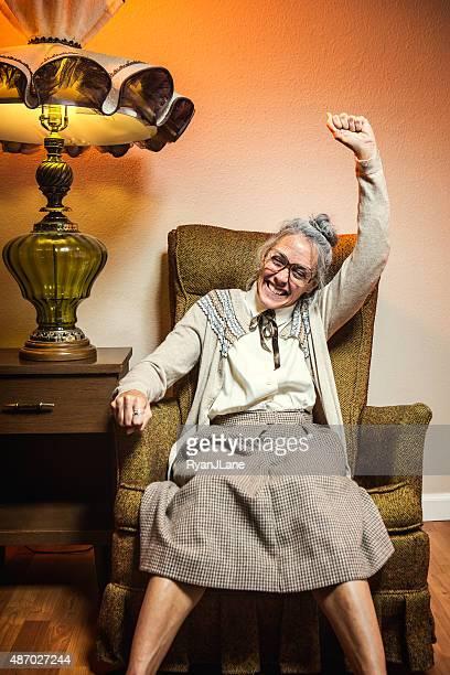 Oma feiert Sieg