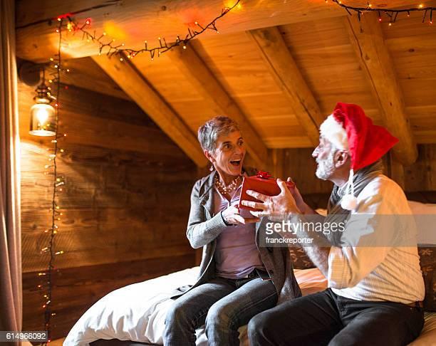 Nonni lo scambio di regali per Natale