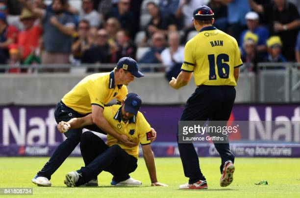 Grant Elliott of Birmingham celebrates with team mates after dismissing Colin Ingram of Glamorgan during the NatWest T20 Blast SemiFinal match...