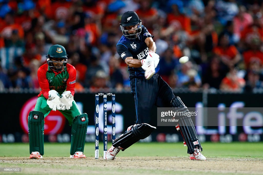 <a gi-track='captionPersonalityLinkClicked' href=/galleries/search?phrase=Grant+Elliott&family=editorial&specificpeople=708027 ng-click='$event.stopPropagation()'>Grant Elliott</a> of New Zealand bats during the 2015 ICC Cricket World Cup match between Bangladesh and New Zealand at Seddon Park on March 13, 2015 in Hamilton, New Zealand.