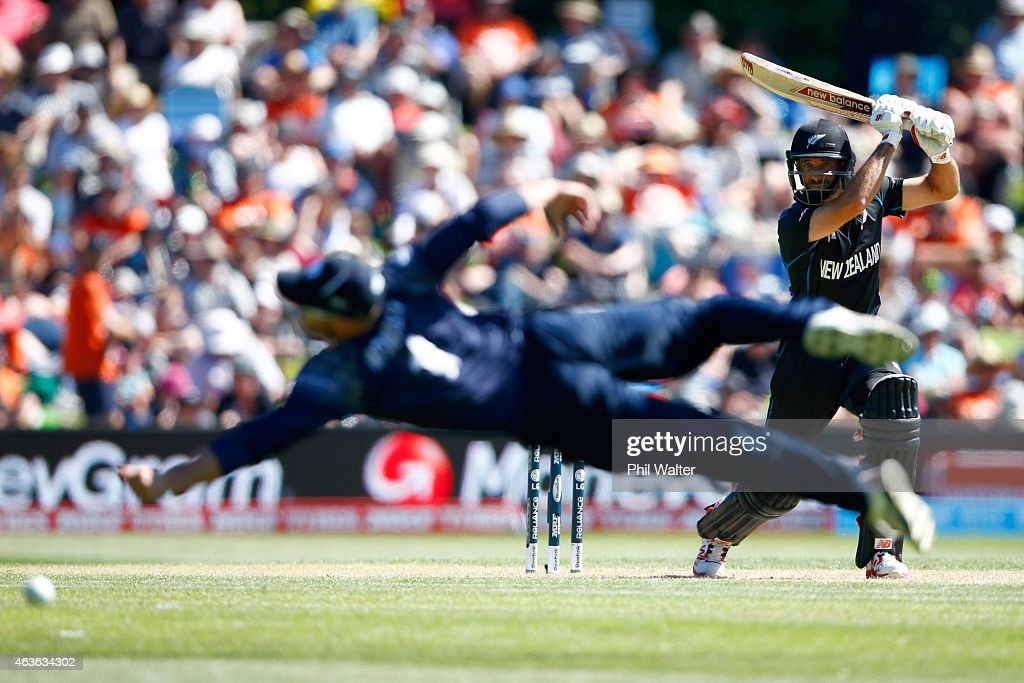 Grant Elliott of New Zealand bats during the ICC Cricket World Cup match between New Zealand and Scotland at University Oval on February 17 2015 in...