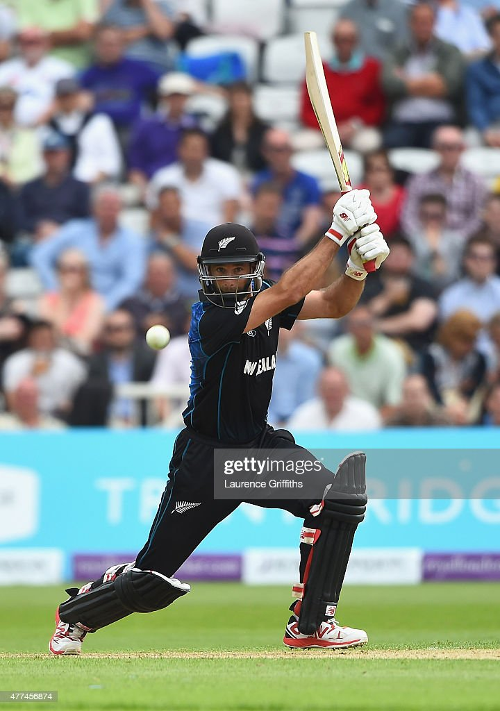 <a gi-track='captionPersonalityLinkClicked' href=/galleries/search?phrase=Grant+Elliott&family=editorial&specificpeople=708027 ng-click='$event.stopPropagation()'>Grant Elliott</a> of New Zealand hits out during the 4th ODI Royal London One-Day International between England and New Zealand at Trent Bridge on June 17, 2015 in Nottingham, England.
