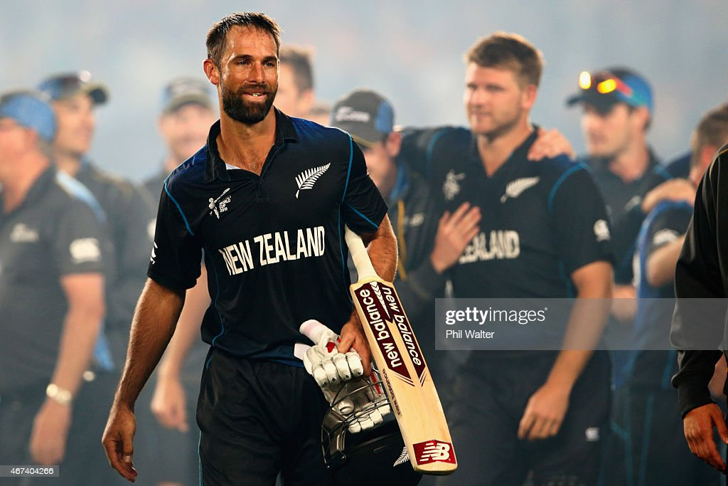 <a gi-track='captionPersonalityLinkClicked' href=/galleries/search?phrase=Grant+Elliott&family=editorial&specificpeople=708027 ng-click='$event.stopPropagation()'>Grant Elliott</a> of New Zealand leaves the field following the 2015 Cricket World Cup Semi Final match between New Zealand and South Africa at Eden Park on March 24, 2015 in Auckland, New Zealand.
