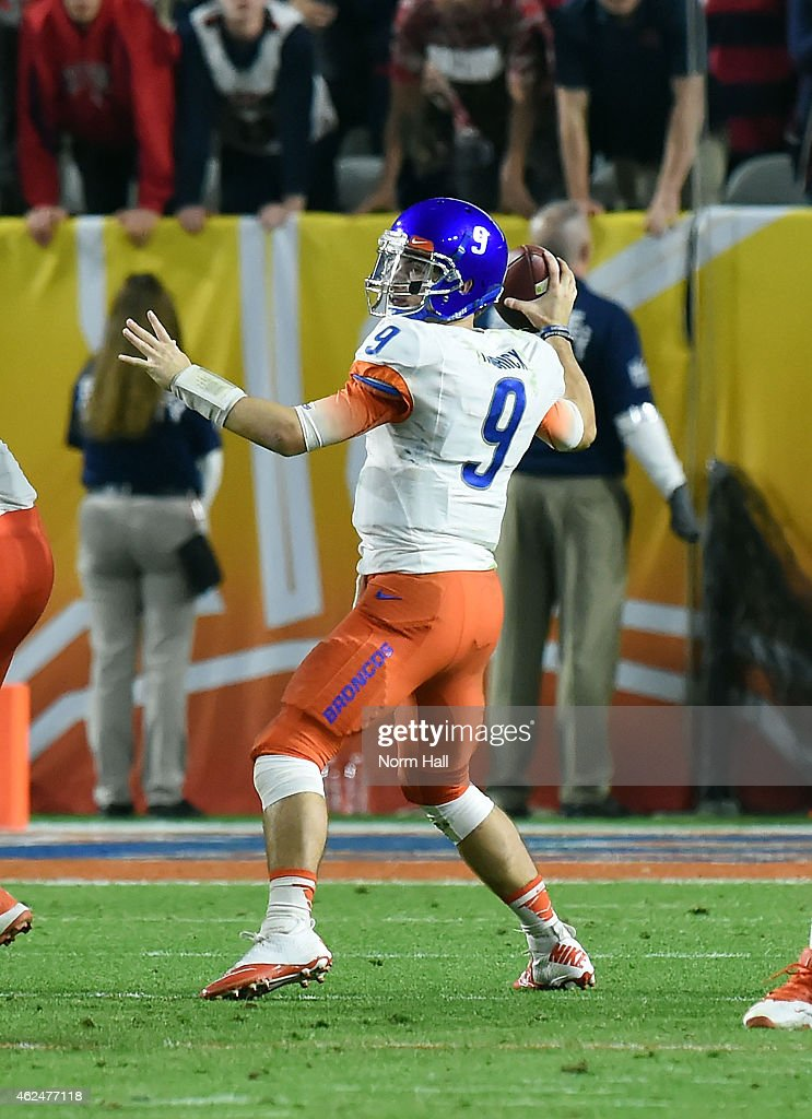 <a gi-track='captionPersonalityLinkClicked' href=/galleries/search?phrase=Grant+Hedrick&family=editorial&specificpeople=7159943 ng-click='$event.stopPropagation()'>Grant Hedrick</a> #9 of the Boise State Broncos throws a pass against the Arizona Wildcats at University of Phoenix Stadium on December 31, 2014 in Glendale, Arizona.