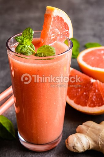 Grapefruit smoothie with ginger and honey : ストックフォト