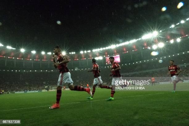 Graphic content / Flamengo's Guerrero celebrates upon scoring against Atletico Paranaense during their 2017 Copa Libertadores football match at...
