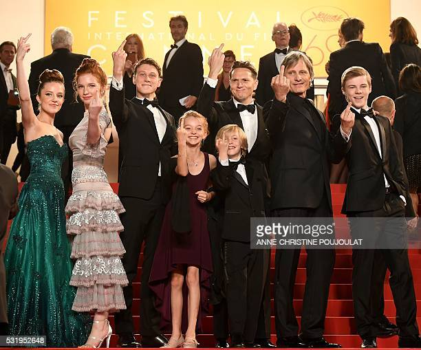 Graphic content / US actress Samantha Isler US actress Annalise Basso British actor George MacKay US actress Shree Crooks US actor Charlie Shotwell...