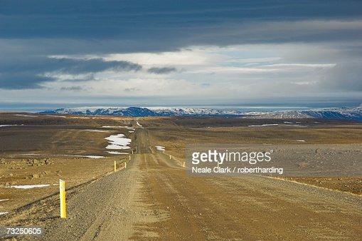 Gravel road route 87 from Husavik to Lake Myvatn, North area, Iceland, Polar Regions