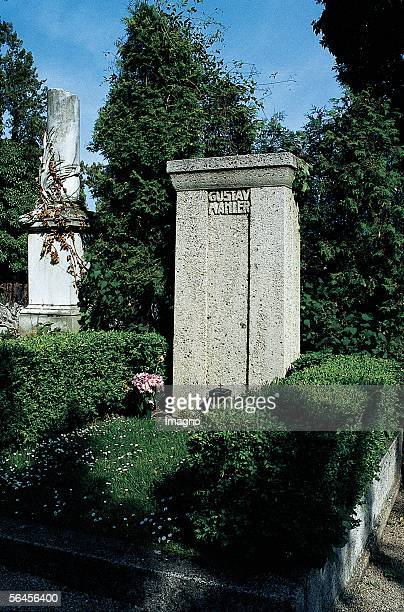 Gravestone for Gustav Mahler on the Grizing's Cemetery in Vienna XIX Managettagasse / Aslangasse Built by Josef Hoffmann 1911 Photography 1990...