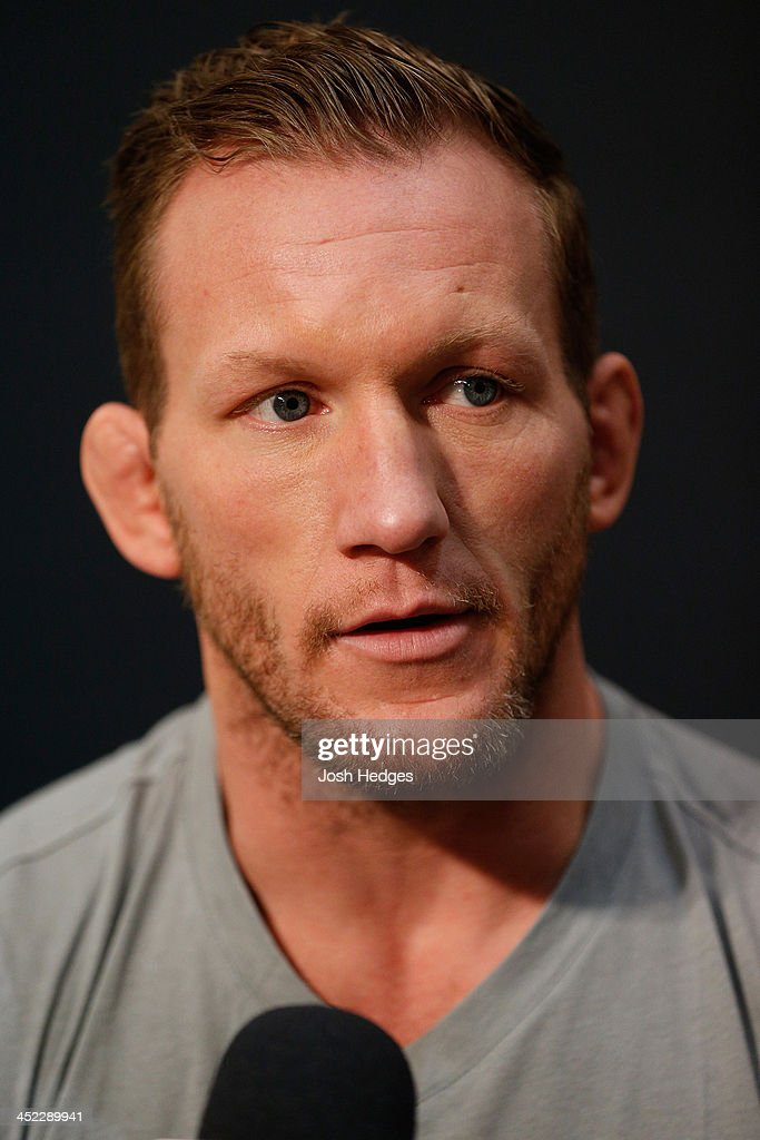 Gray Maynard interacts with media during media day ahead of The Ultimate Fighter season 18 live finale inside the Mandalay Bay Events Center on November 27, 2013 in Las Vegas, Nevada.