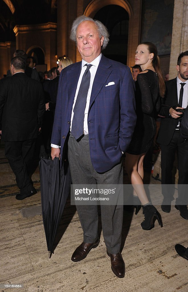 Graydon Carter attends the Michael Kors- Golden Heart Gala at Cunard Building on October 15, 2012 in New York City.