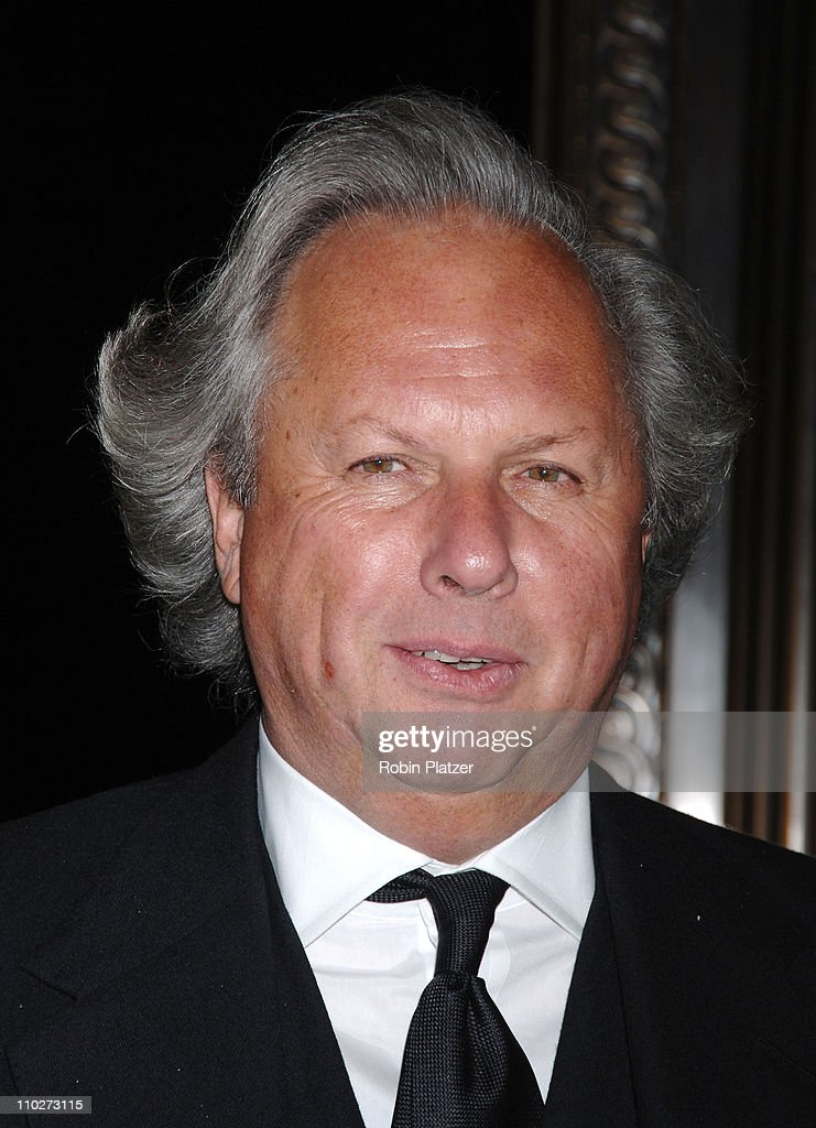 Graydon Carter during PEN American Center's 2006 Literary Gala with Diane Sawyer at American Museum Of Natural History in New York City, New York, United States.